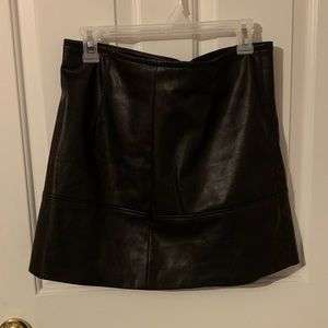 H&M black faux leather skirt size 10